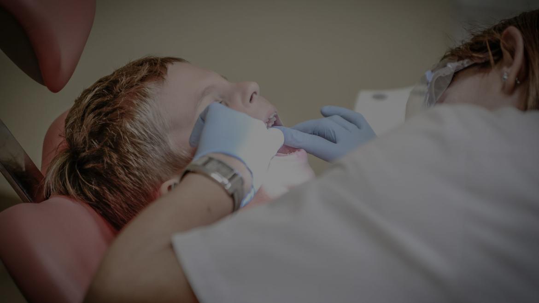 Детска дентална медицина